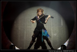 2014-11-04 - lindsey stirling - 002