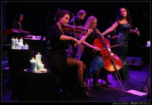 Kingfisher Sky 26-02-2016 Veur Theater 011 door Monica Duffels